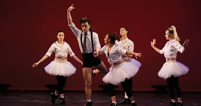 Sezonun ilk bale performansı 'Rondo Ala Turka' ve 'Güldestan'dan kesitler
