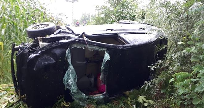 Samsun'da otomobil mısır tarlasına yuvarlandı: 4 yaralı