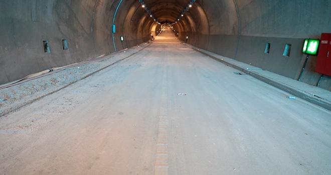 Ferhat Tüneli 10 gün içinde trafiğe açılacak