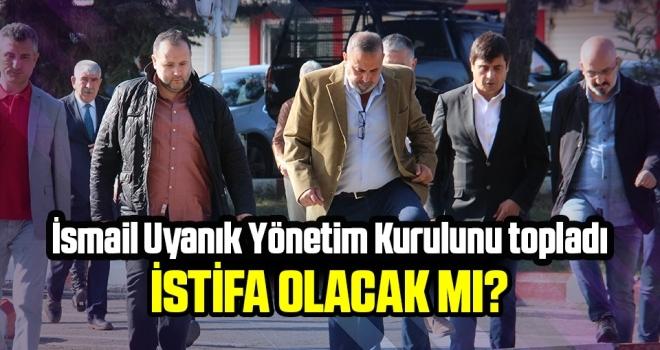 Samsunspor Kulübü Başkanı Uyanık yönetimi topladı! İstifa olacak  mı?