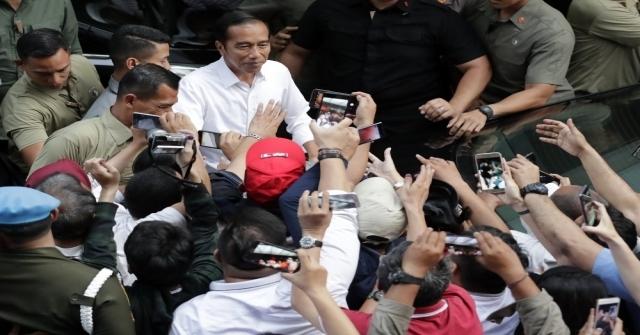 Endonezyada Joko Widoo Yeniden Devlet Başkanı Seçildi