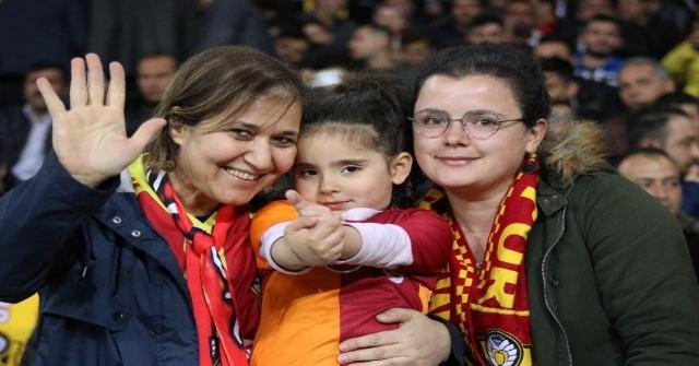 Ziraat Türkiye Kupası: Evkur Yeni Malatyaspor: 0 - Galatasaray: 1 (Maç Devam Ediyor)