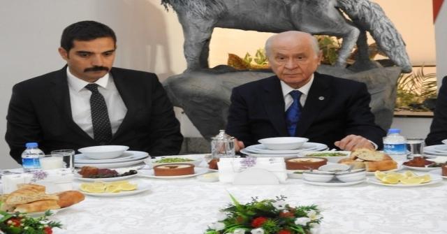 Mhp Lideri Bahçeli Ülkü Ocaklarının İftarına Katıldı