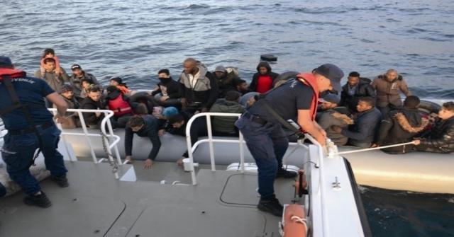 Kuşadası Körfezinde 14Ü Çocuk 47 Kaçak Göçmen Yakalandı