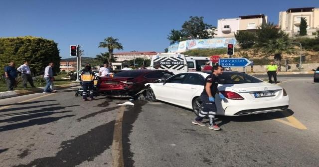 Kuşadasında Trafik Kazası: 1 Yaralı