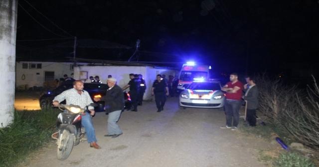 İzmirde Cinnet Getiren Bir Kişi Dehşet Saçtı: 2 Ölü 1 Ağır Yaralı