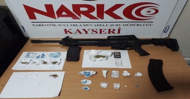 Kayseride Uyuşturucu Operasyonları: 20 Gözaltı