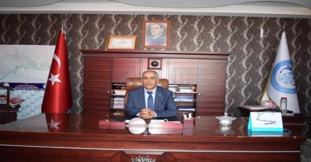 Başkan Ensariden  2. Lige Yükselen Van Büyükşehir Belediyespora Tebrik Mesajı