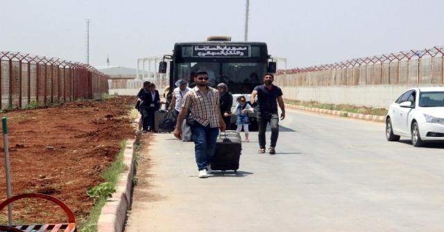 Bayramı Ülkelerinde Geçiren 20 Bin Suriyeliden 2 Bini Türkiyeye Döndü