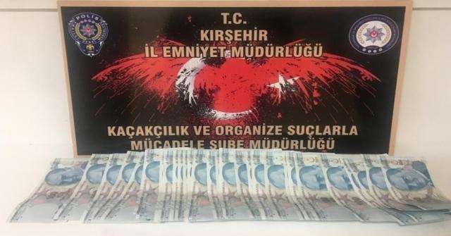 Kırşehirde Polis, Yol Uygulamasında Sahte Para Ele Geçirdi