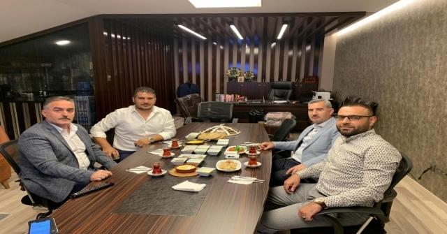 Malatya İdmanyurdu Onursal Başkanı Teoman Mutlu, Yeşilyurt Belediyespor İçin Görüştü