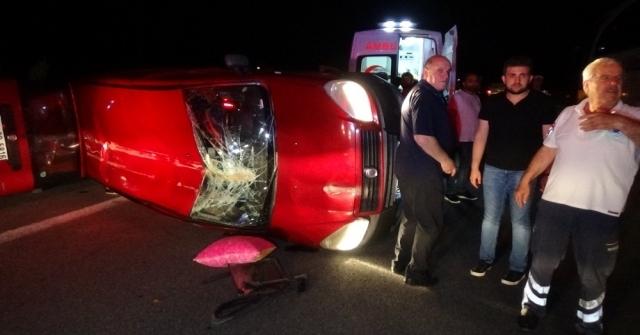 Temde Araç Takla Attı, 4 Kişi Yaralandı