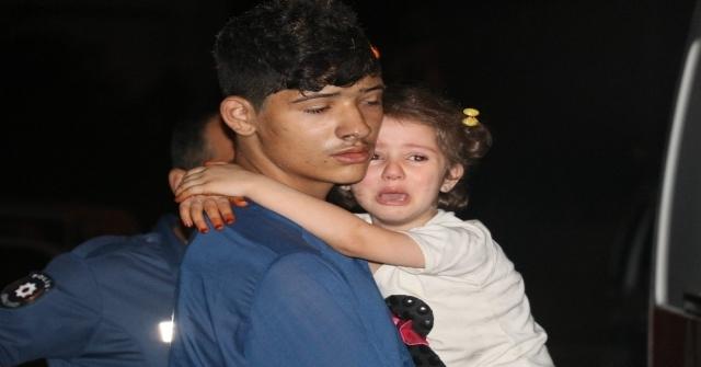 Adanada 2 Katlı Müstakil Ev Alev Alev Yandı: 6 Çocuk Dumandan Etkilendi