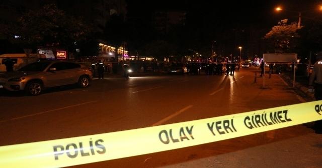 Adanada Meyhaneye Silahlı Saldırı: 3 Yaralı