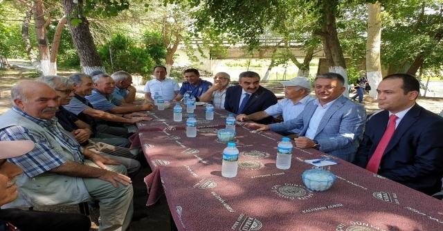 Vali Yazıcı Balyada Vatandaşlarla Buluştu