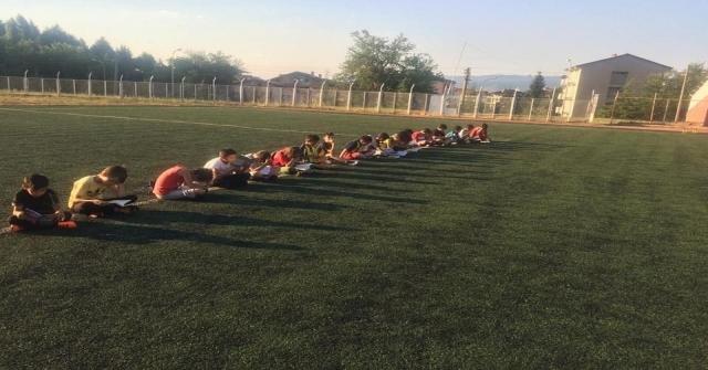 Yaz Spor Kurslarında 'Kitap Okuma Saati