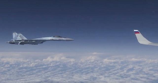 Rusya, Şoygunun Uçağına Yaklaşmaya Çalışan Nato Uçağının Görüntüsünü Yayınladı