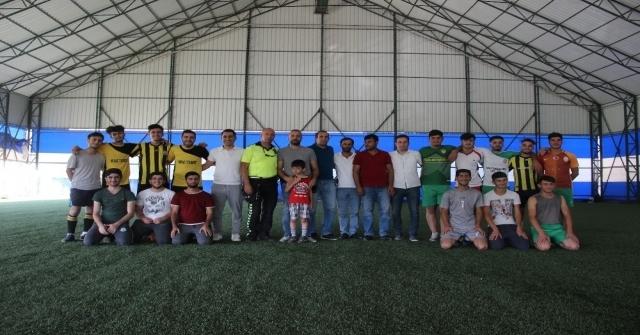 Solhanda Mahalleler Arası Futbol Turnuvası Başladı