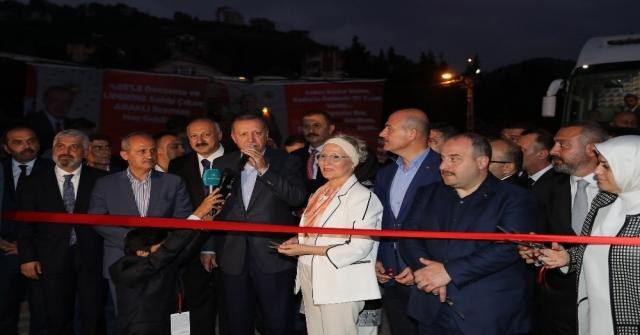 Cumhurbaşkanı Erdoğan, Araklıda Restoran Açılışına Katıldı