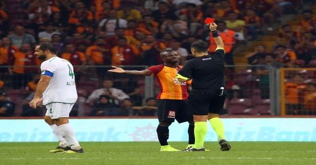 Galatasarayda 2 Haftada 2 Kırmızı Kart