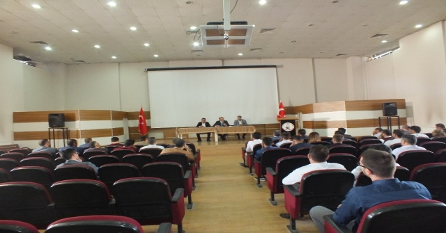 Malazgirtte Okul Müdürleri Toplantısı