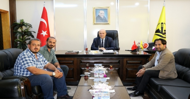 İha Erzincan Bölge Müdürü Akbuğa, Belediye Başkanı Pekmezciyi Ziyaret Etti