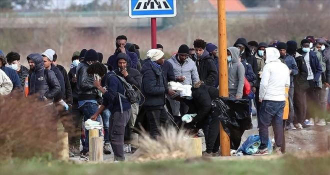 Fransa'nın 'istemediği' düzensiz göçmenler yaşam mücadelesi veriyor