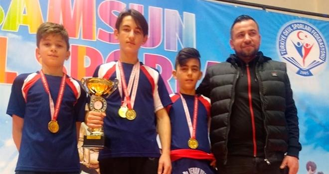 Şampiyon Kenan Yılmaz Ortaokulu