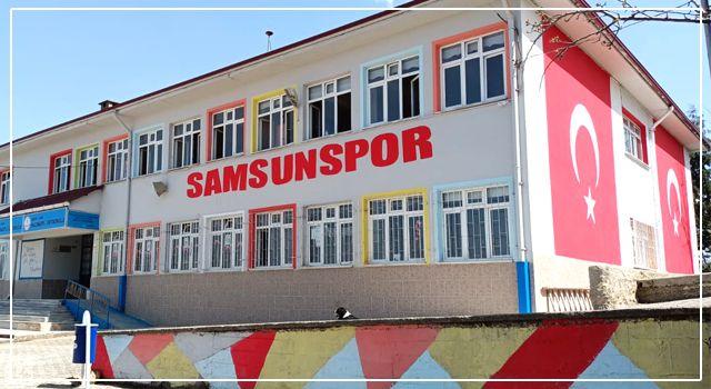 Bu okul Samsunspor fanatiği!