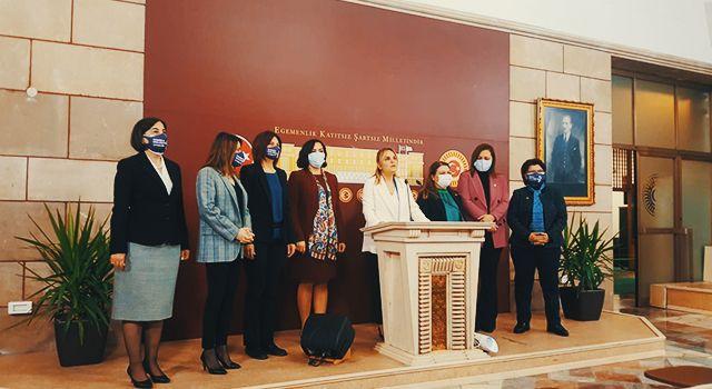 CHP'li kadınlardaniktidara çağrı