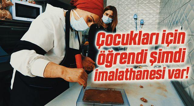 Çocukları için çikolata yapımını öğrenen kadın, kendini geliştirerek imalathane kurdu