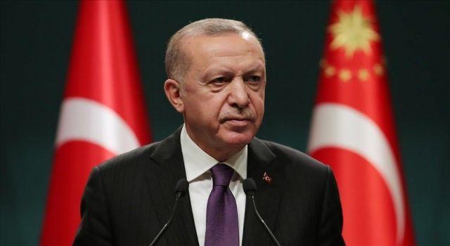 Cumhurbaşkanı Erdoğan, vefatının 28. yılında 8. Cumhurbaşkanı Turgut Özal'ı andı