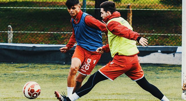 Samsunspor U19 Lider'e Hazırlanıyor