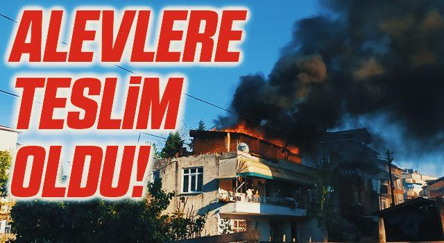 Samsun'da Evin çatısı alevlere teslim oldu