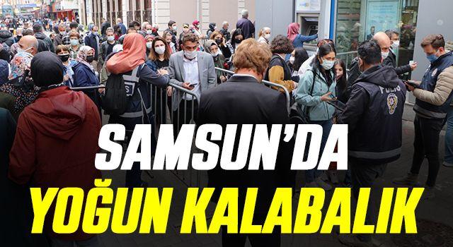 Samsun'da tam kapanmanın bitmesiyle cadde ve sokaklar hareketlendi
