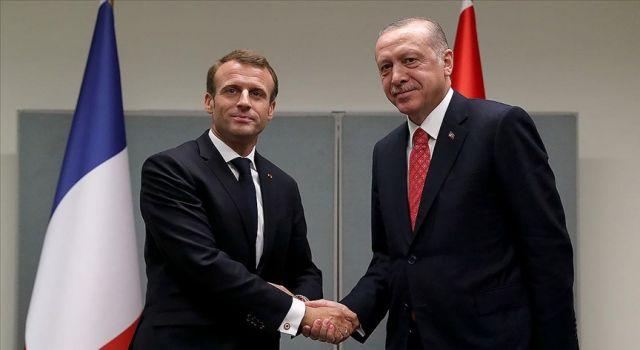 Cumhurbaşkanı Erdoğan'ın Fransa Cumhurbaşkanı Macron ile görüşmesi başladı