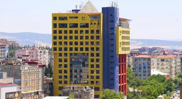 """""""Dünyanın en saçma binası"""" yıkılıyor! Tarih belli oldu"""