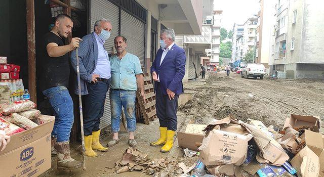 İYİ Parti Samsun Milletvekili Bedri Yaşar Sel Bölgesine Gitti