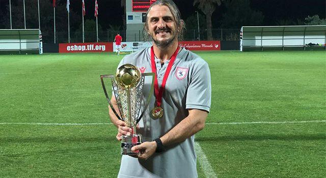 Şampiyon hoca Recep Sermet Boyar'a yeni görev!