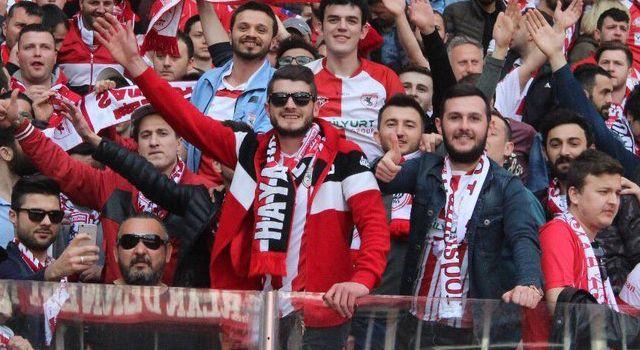 Samsunspor'da kombine biletlere ilgi başladı