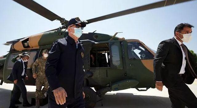 Son Dakika: Bakan Akar'ın uçağı acil iniş yaptı