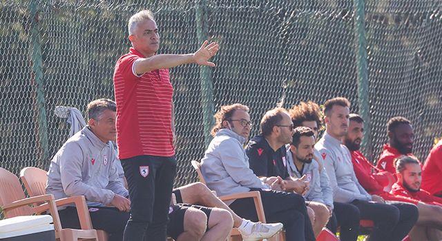 Yılport Samsunspor Teknik Direktörü Mehmet Altıparmak'tan Sakaryaspor Maçı Sonrası Açıklama