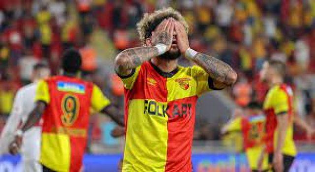 Göztepe 14 maçta yediği gollerden kurtulamadı
