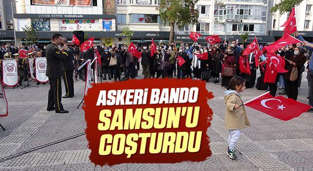 Askeri bando Samsun'u coşturdu