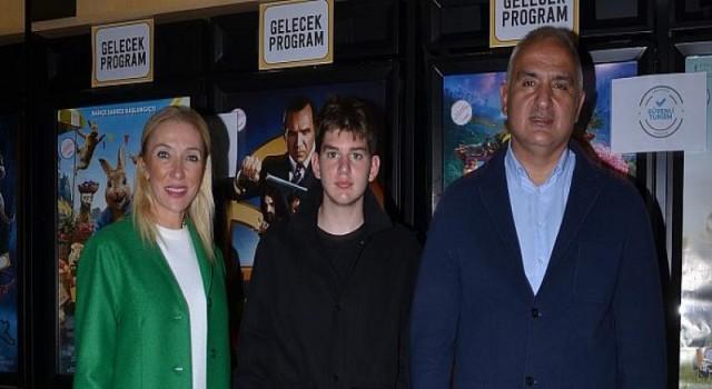 Kültür ve Turizm Bakanı Mehmet Nuri Ersoy James Bond Filmini İzledi