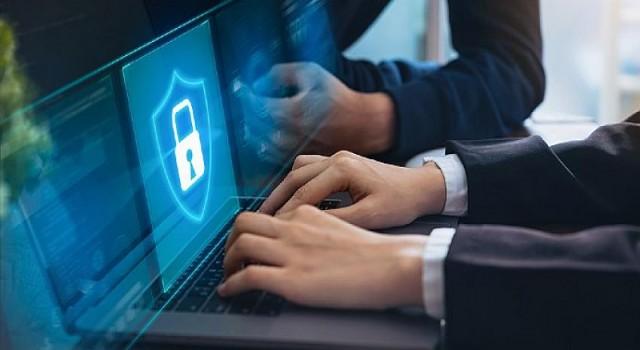 Sağlam parola politikalarıyla birleştirilmiş yama yönetimi, işletmelere yönelik siber saldırı riskini 60'a kadar azaltıyor