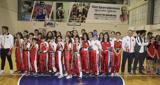 İlkadım'da 11 Bin Genç Spor Yapıyor