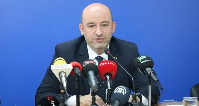AK Parti Afyonkarahisar İl Başkanı Hüseyin Sezen, il başkanlığı görevinden ayrıldığını bildirdi.