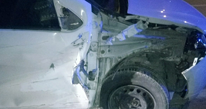 Samsun'da tır otomobil ile çarpıştı: 3 yaralı