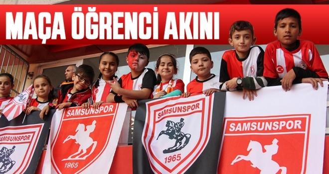 Yılport Samsunspor - Hacettepe Spor Maçına Öğrenci Akını